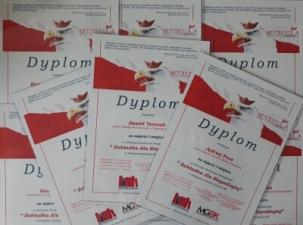 Konkurs na patriotyczną zakładkę do książki rozstrzygnięty a laureaci nagrodzeni